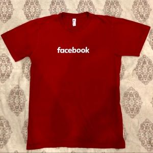 Facebook Company T Shirt - Size M - Red